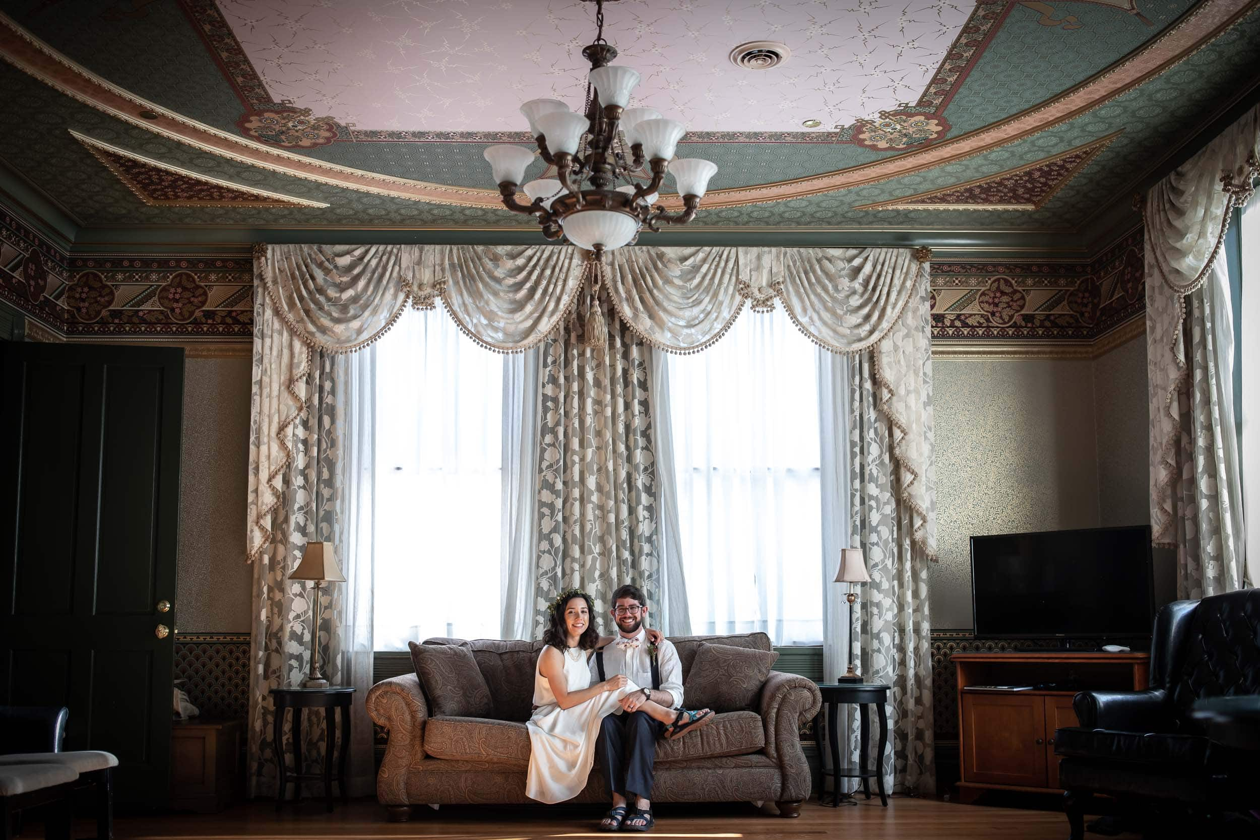 Bride and Groom in the Presidential suite in the Beaumont Hotel